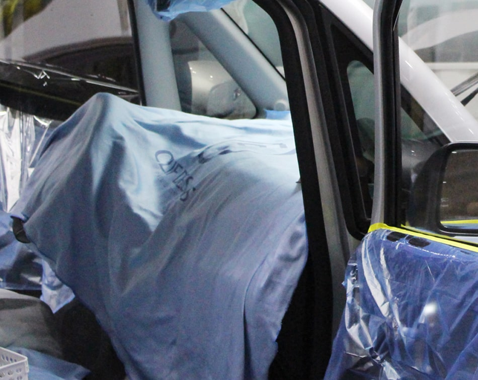 Microfiber suede drop close for car paint protection film works
